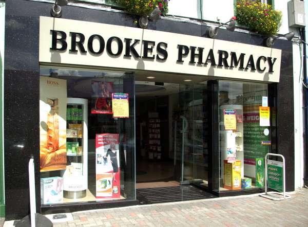 Brookes Pharmacy Unique Fitout Tel 021 4822656