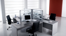 Kompas Desk Pod and Screen