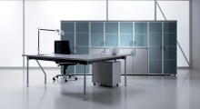 Kompas Desk and Frosted Glass Storage 1
