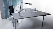 Kompas Desk and Frosted Glass Storage