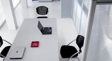 Kompas Meeting Table and Screens