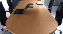 Kompas Meeting Table