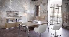 TenUp Executive Desk