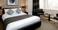 Hotel_bedrooms_top